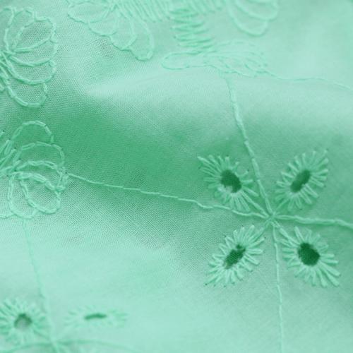 Tecido Lese Bordada Nassau - Verde Menta - 100% Algodão - Largura 1,35m