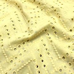 Tecido Lese Bordada Pitangueiras - Amarelo Claro - 100% Algodão - Largura 1,35m