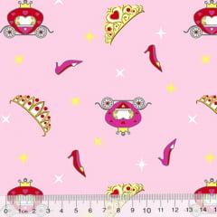 Tecido Tricoline Cinderela - A Coroa - Fundo Rosa Claro (Largura: 1,50 m)