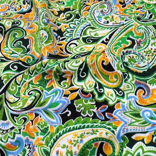 Tecido Viscose Light Estampada - Jardim da Índia - Verde - Ref 46 - 100% Viscose - Largura 1,40m
